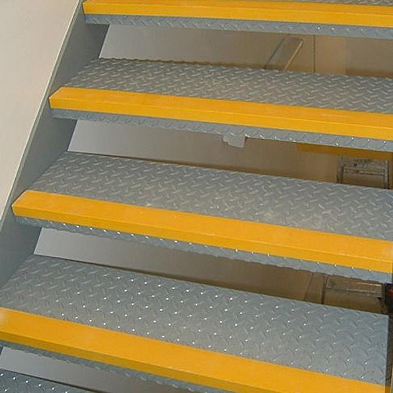 Rust-Oleum SuperGrip Anti-Slip Step Edge (Interior)