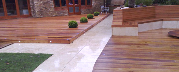 Maintaining-Decking-3