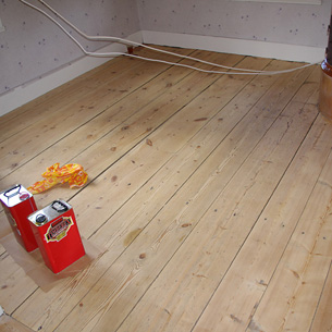 How to Care for Your Hardwood Floor | Rawlins Paints Blog
