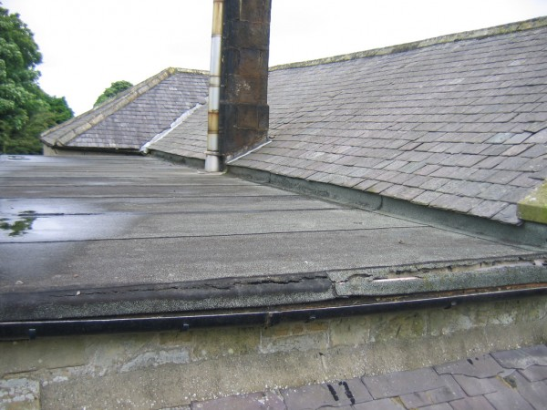 Flat roof with a leak needing repair