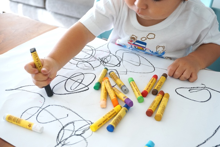 removing-crayon